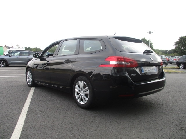 Photo 3 de l'offre de PEUGEOT 308 SW 1.6 BLUEHDI 120CH ACTIVE BUSINESS S&S EAT6 à 11490€ chez AUTOMOBILES DE A A Z DOMALAIN